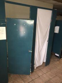 2nd-flood-dorm-bathroom-3